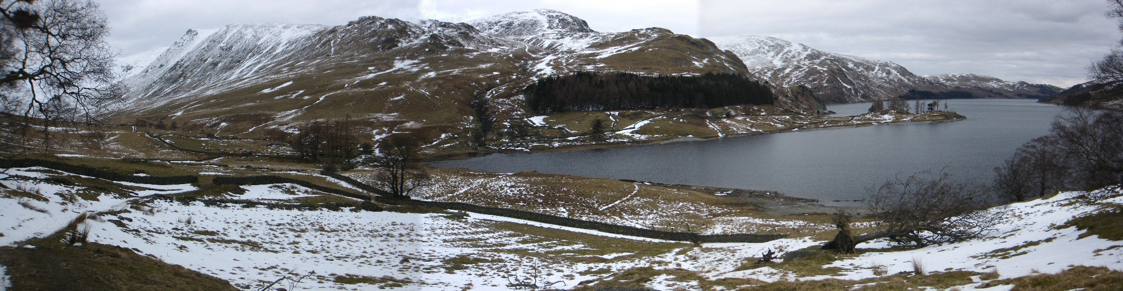 Panorama of Kidsty Pike and the view down Haweswater